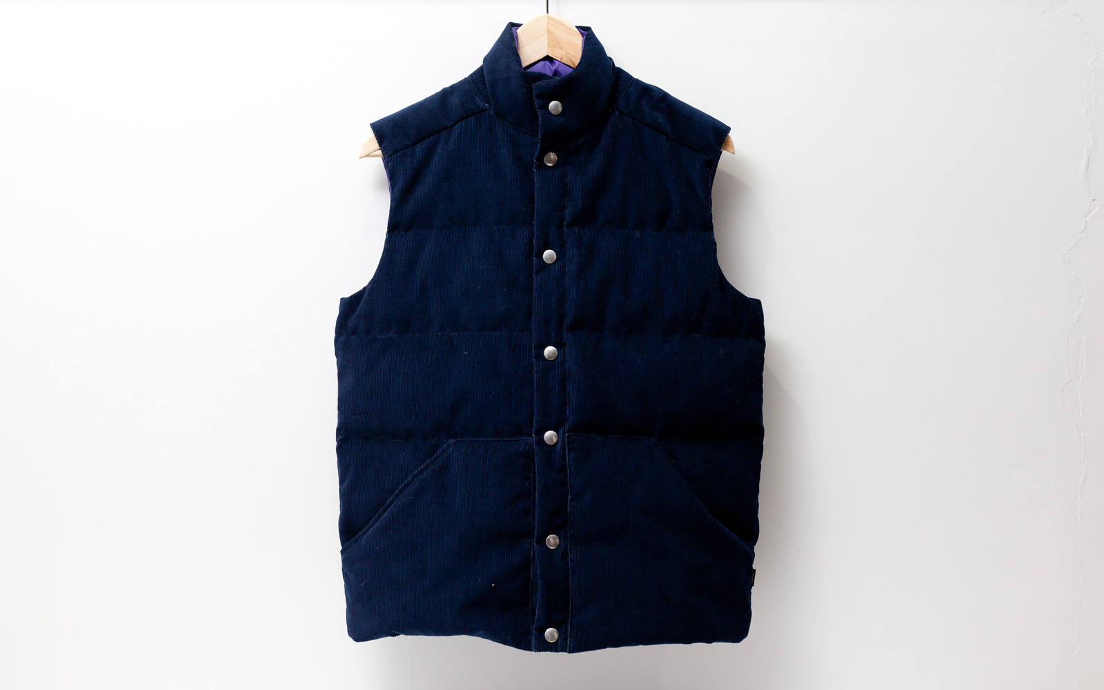 Happy Down Vest (Corduroy)